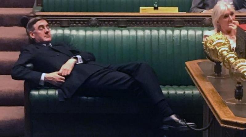 زعيم العموم البريطاني يستفز أعضاء البرلمان