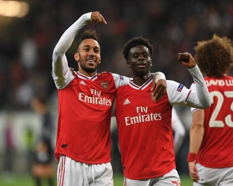 بوكايو ساكا يُبدع ويخطف الأنظار من نجوم Arsenal - المواطن