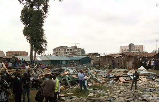 فيديو كارثي .. وفاة 7 طلاب وإصابة العشرات بانهيار سقف مدرسة في كينيا