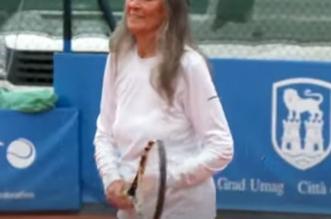 فيديو.. عمرها 85 عامًا وتنافس في بطولات التنس - المواطن