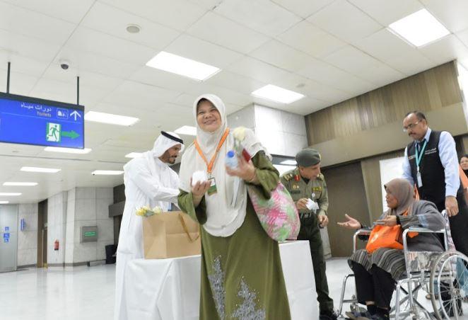 وصول أول دفعة من المعتمرين لعام ١٤٤١ - المواطن