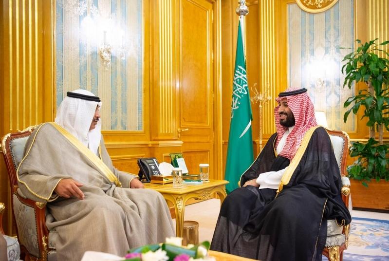 ولي العهد يلتقي نائب رئيس مجلس الوزراء وزير الخارجية بدولة الكويت