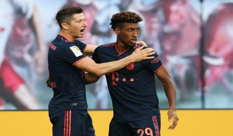 نوير يتألق وبايرن ميونيخ يُفرط في صدارة الدوري الألماني