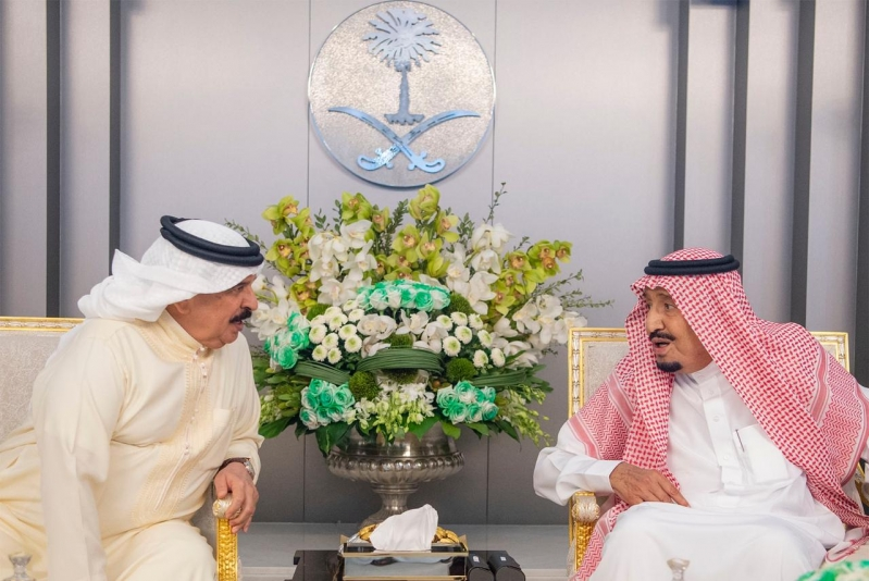 خادم الحرمين في القمة السعودية البحرينية: العمل التخريبي لمعملي أرامكو جبان ويستهدف إمدادات الطاقة العالمية