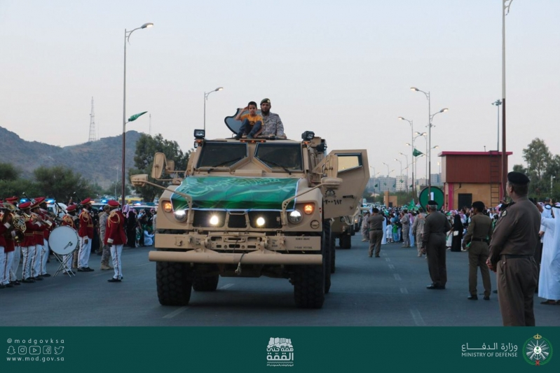 صور.. عرض مميز لقيادة منطقة الطائف العسكرية