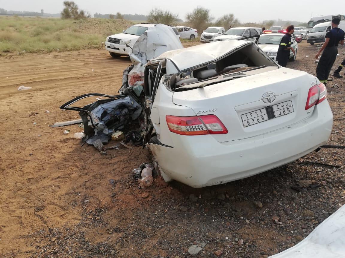 صور.. 3 وفيات وإصابة حرجة في تصادم مروع بدولي جازان - المواطن