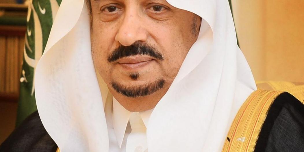 في اتصال هاتفي.. أمير الرياض يواسي والد طالب قتل على يد زميله