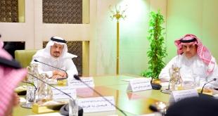 فيصل بن بندر يطلع على استعدادات الترفيه لـ اليوم الوطني 89 وموسم الرياض