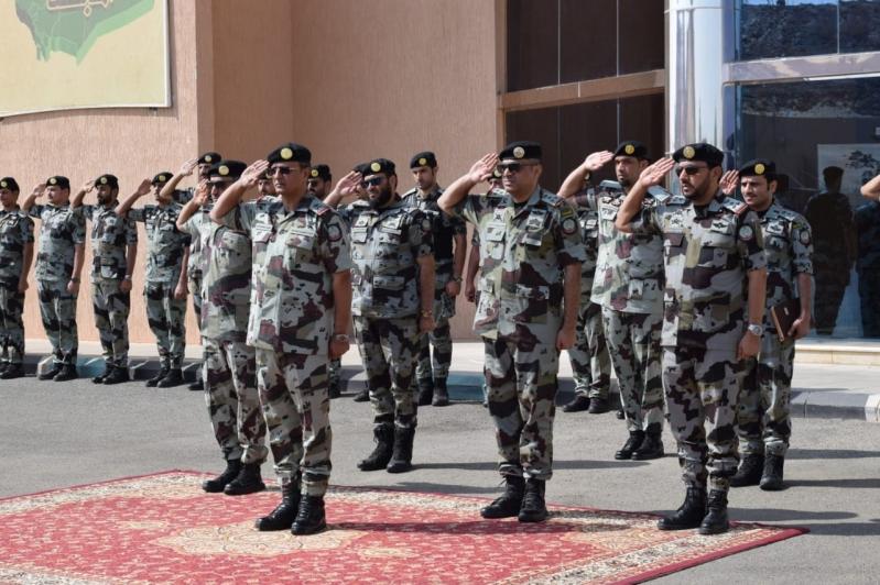 اللواء العمري يتفقد قوات الطوارئ بالحد الجنوبي ولقطات مثيرة للتدريبات