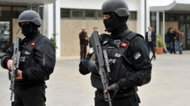 مقتل رئيس مركز محكمة الاستئناف التونسية في عملية طعن