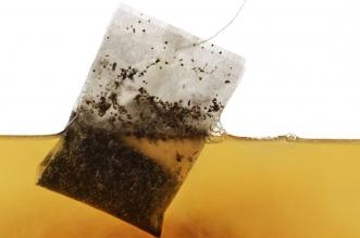 دراسة حديثة تكشف حقائق مفزعة عن أكياس الشاي - المواطن