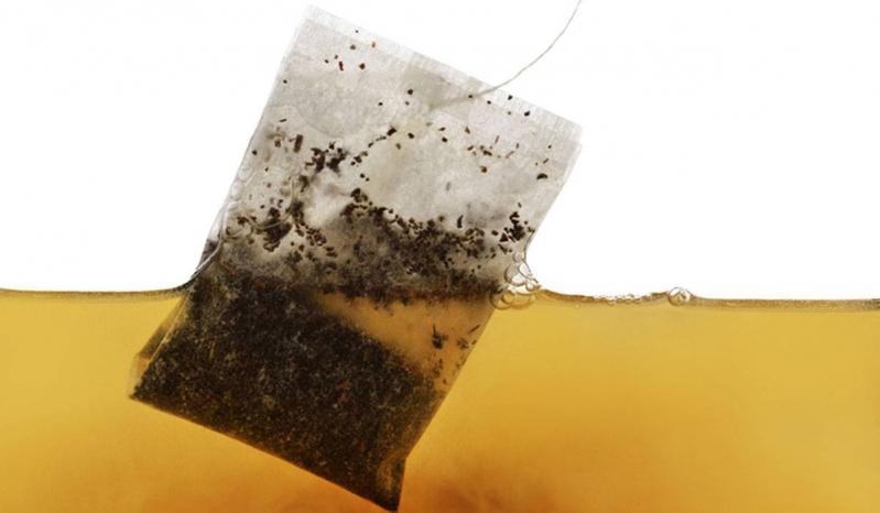 دراسة حديثة تكشف حقائق مفزعة عن أكياس الشاي