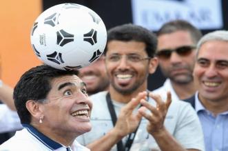 مارادونا يستعد لتدريب أحد أندية الأرجنتين - المواطن