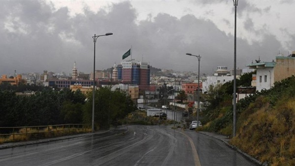 المدني يحذر من أمطار مكة: اتخذوا التدابير اللازمة