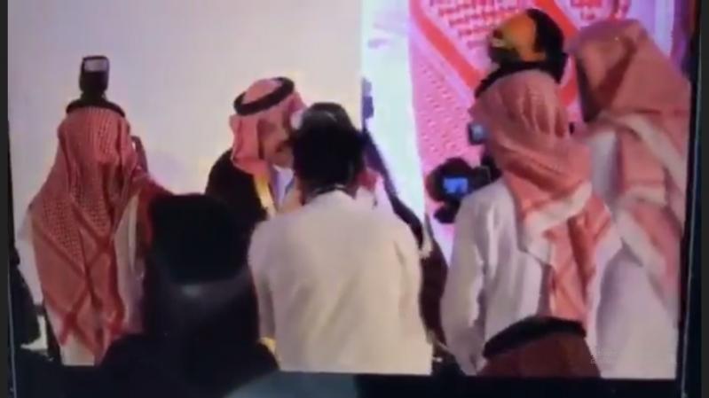 فيديو.. تركي بن طلال عن الطفلة مها: لا يوجد اجتماع يتعلق بمجتمعها إلا وتحضره