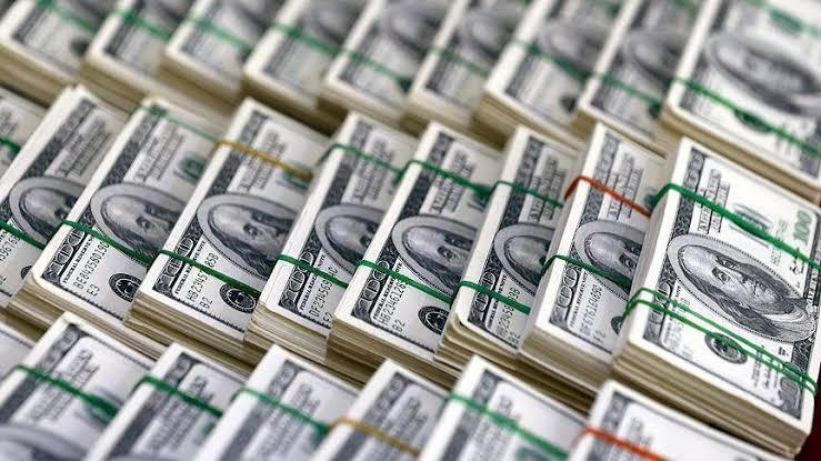 تراجع سعر الدولار اليوم لأدنى مستوى في أسبوعين
