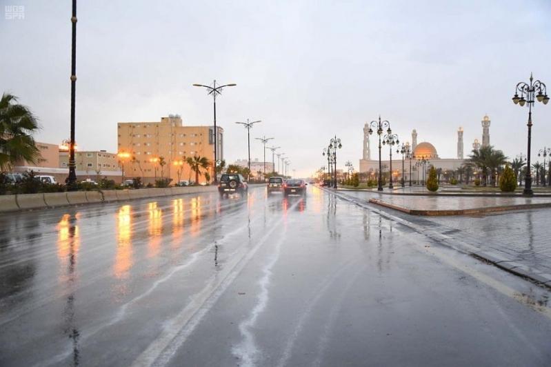 الحصيني يتوقع حالة مطرية بعدة مناطق