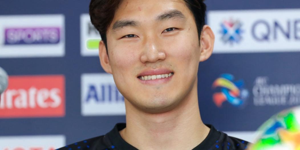 هيون سو: نتسلح بالثقة والجماهير في مباراة الهلال والسد