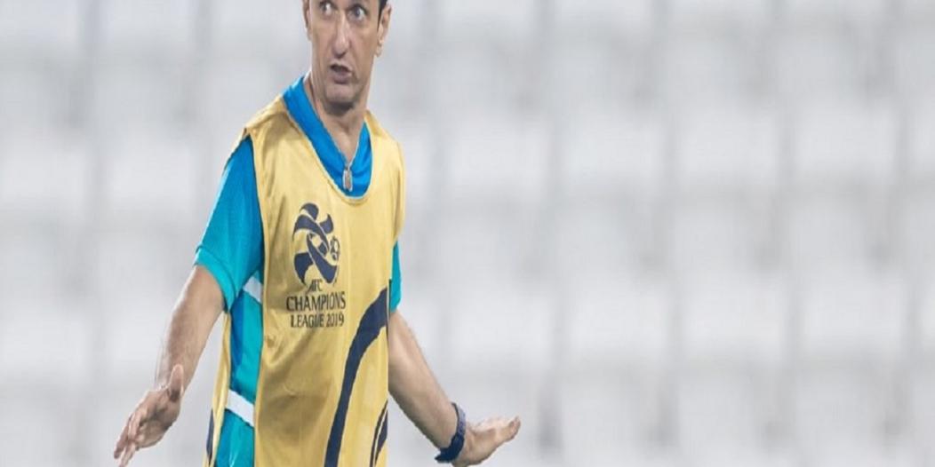رازفان يدفع بالقوة الضاربة في مباراة الهلال والسد