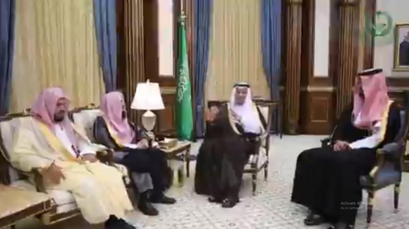 فيصل بن سلمان لأئمة المسجد النبوي المعينين حديثًا: الاعتناء بالخطب تُصلح الأمة