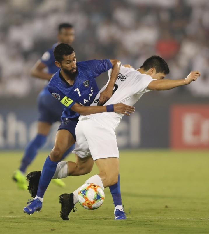 سلمان الفرج أفضل لاعب في مباراة الهلال والسد
