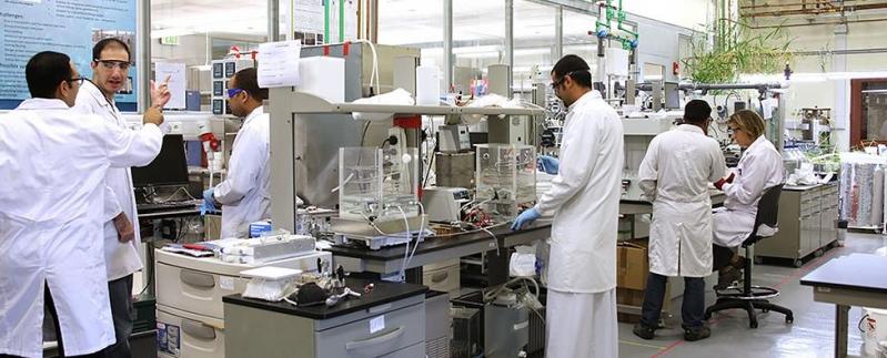 جامعة كاوست تدرس جينوم فيروس كورونا لتطوير لقاح سعودي
