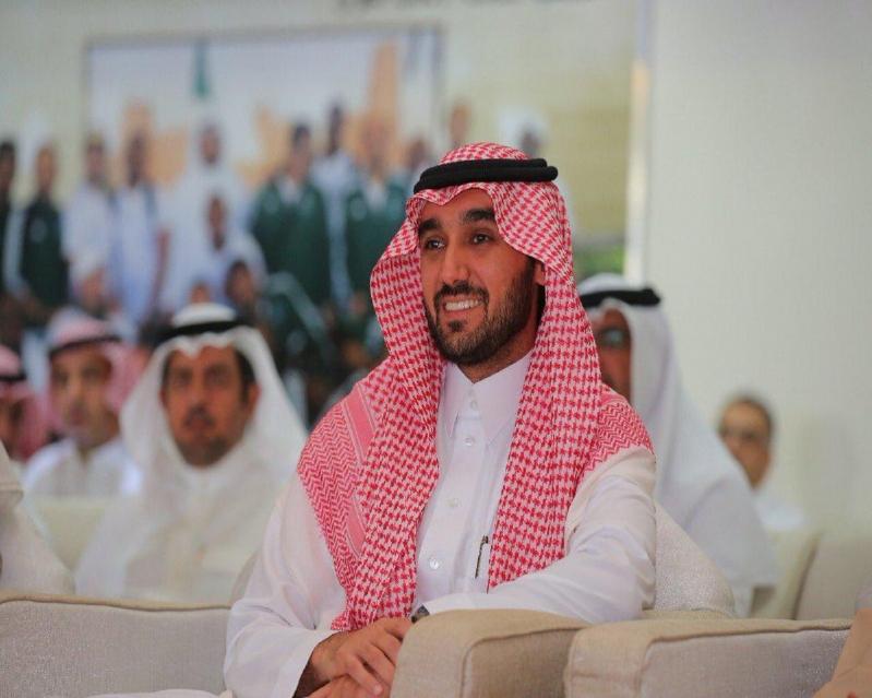 عبدالعزيز الفيصل يُحفز #الهلال بـ100 ألف لكل لاعب