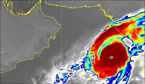 تطورات إعصار كيار مستمرة وحركته قد ترفعه لأعلى درجة