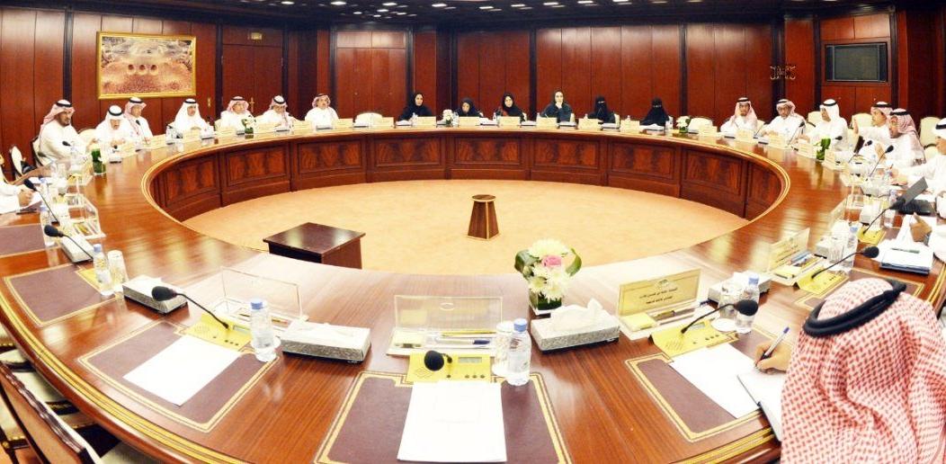 لجان بالشورى تناقش مقترحات تعزيز برامج الطاقة الذرية