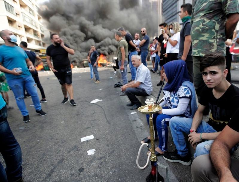 الكويت تحذر مواطنيها من السفر إلى لبنان