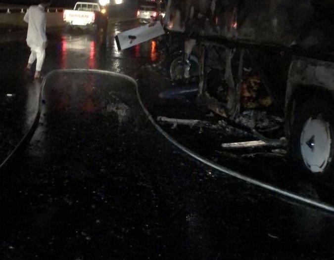 تفاصل حادث حافلة المعتمرين.. 36 حالة وفاة وإصابات متفرقة