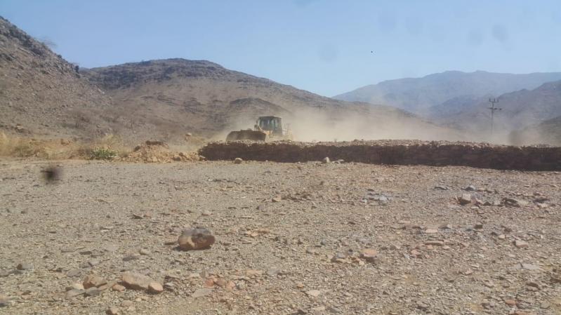إيقاف تعديات على 180 ألف متر أراضٍ حكومية في محايل