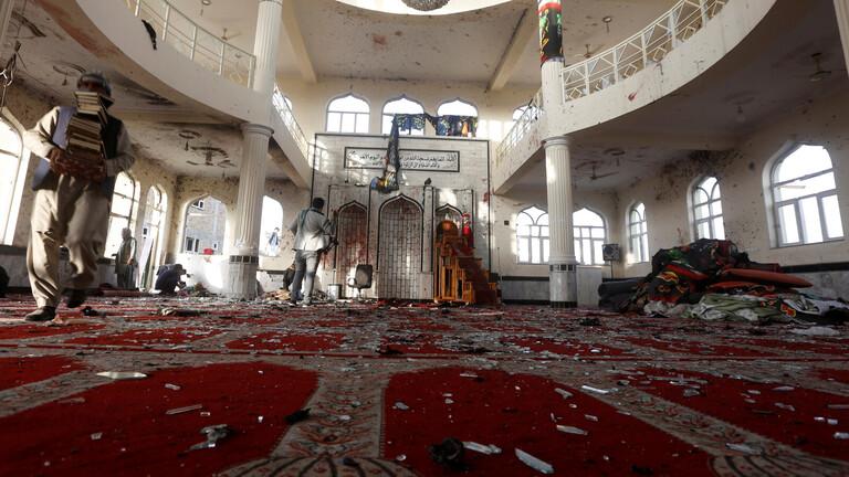 قنبلة بمسجد أثناء صلاة الجمعة تقتل وتصيب 30 في أفغانستان