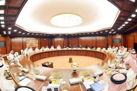 الشورى يناقش التقرير السنوي للجمارك ووزارة الاقتصاد والتخطيط