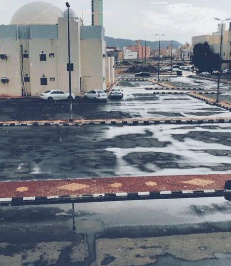 فيديو وصور.. أمطار غزيرة وتطبيق خطة الطوارئ في مكة
