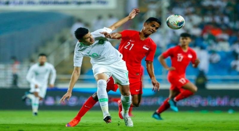 الشوط الأول .. المنتخب السعودي يتقدم بهدف ويُهدر ركلة جزاء