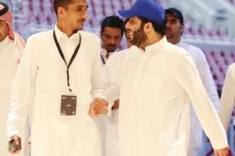 تركي آل الشيخ ينشر صورة مع ملحن الشباب سهم في موسم الرياض - المواطن