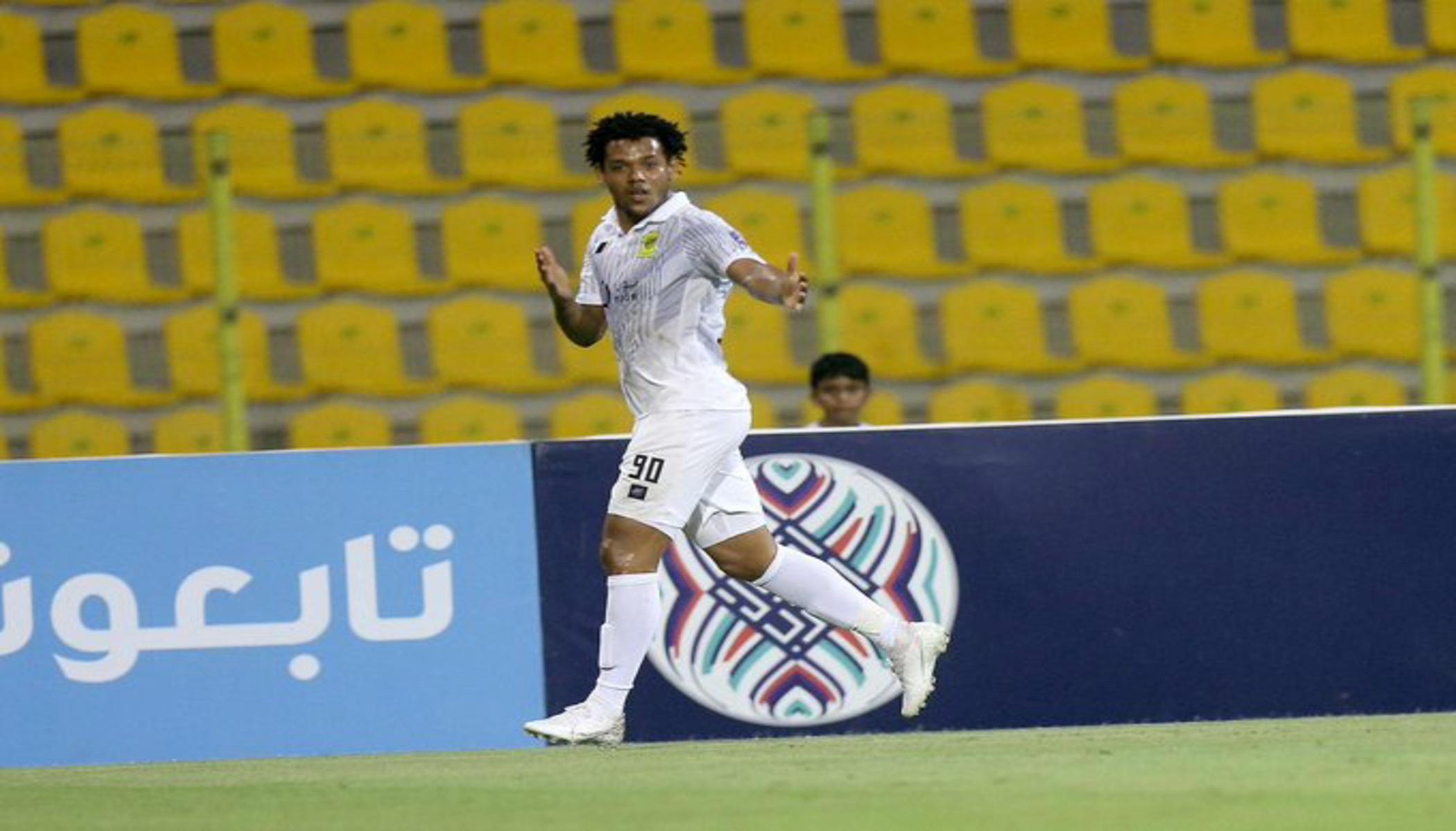 رومارينيو في مباراة الاتحاد والوصل