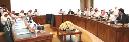 لجنة إستراتيجية لتطوير التأمين الصحي