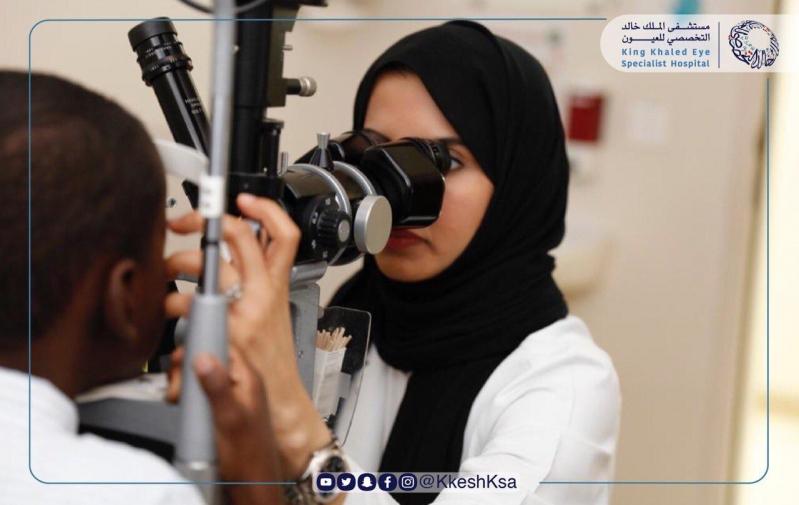 تخصصي العيون يوجه نصائح مهمة للأسر للعناية بنظر الأطفال