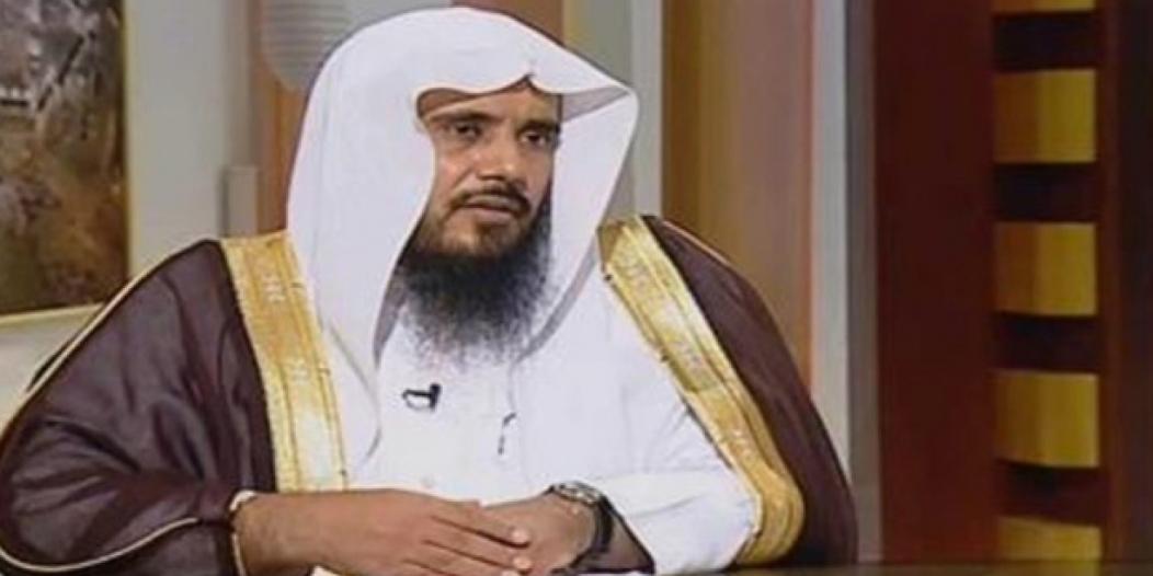 هل صلاة التراويح أفضل في البيت أم المسجد ؟ الشيخ الخثلان يجيب