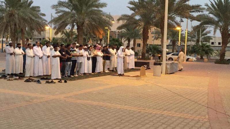الهيئة تواصل توفير المصليات المتنقلة في الأماكن العامة بالرياض