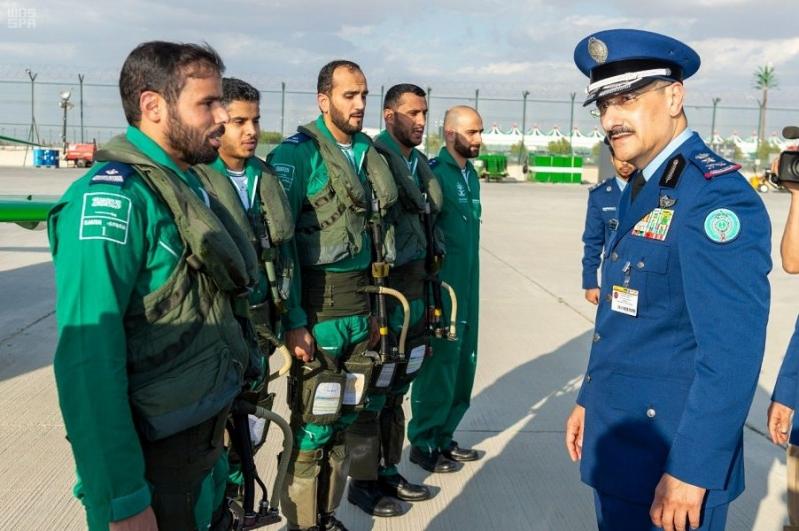 استعراضات جوية للصقور السعودية في دبي