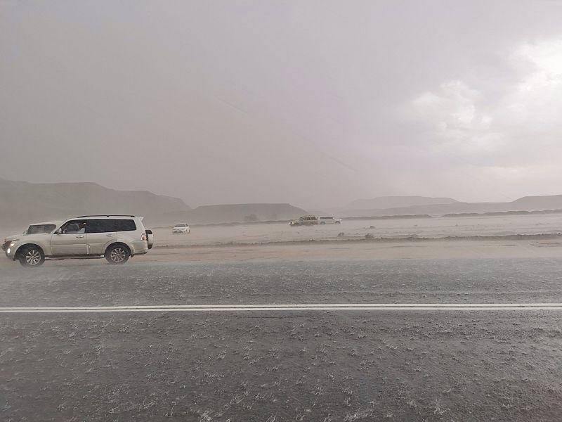 شاهد.. أمطار وسيول وشلالات في تبوك - المواطن