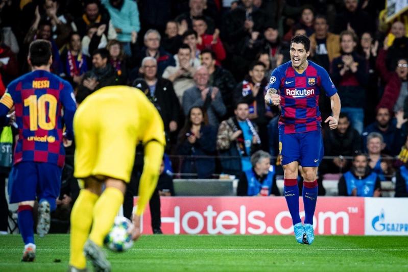 برشلونة إلى ثمن نهائي دوري الأبطال بثلاثية في دورتموند