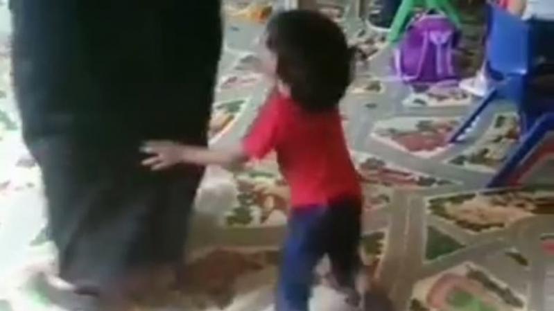 النيابة العامة تحرك دعوى جزائية ضد عاملة عنفت أطفال حضانة بالرياض