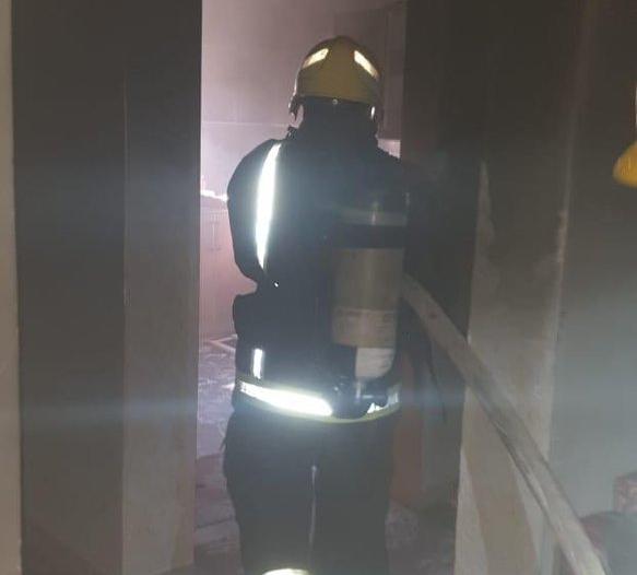 اختناق 3 أشخاص بسبب حريق في #رجال_ألمع