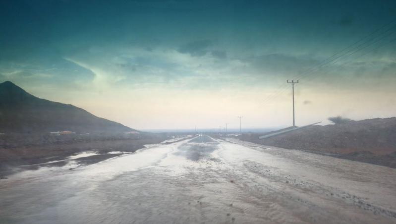 مدني مكة يحذر من الطقس: لا تغامروا بدخول المناطق الخطرة