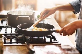 تحذير : الطهي بهذه الأدوات قد يصيبك بالعقم - المواطن
