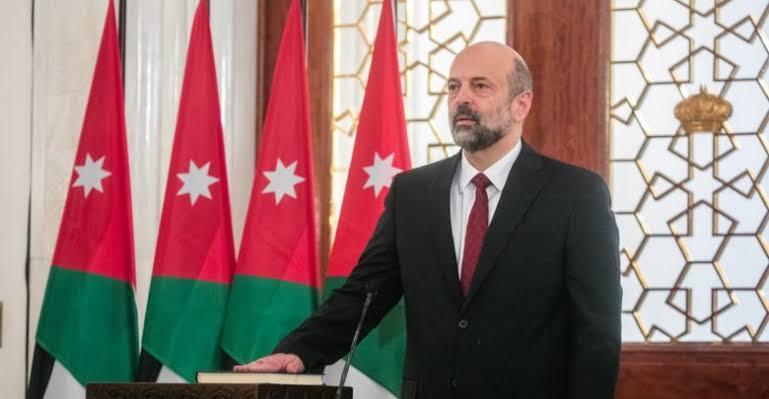 11 وزيرًا في الحكومة الأردنية الجديدة يؤدون اليمين الدستورية
